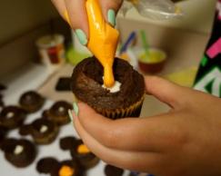 candy-corn-cupcake 7