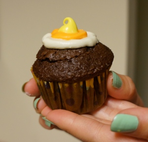 candy-corn-cupcake- final