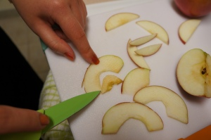 Cutting Apple Cinnamon Chips