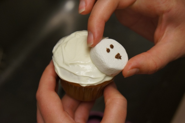 marshmallow-cupcakes