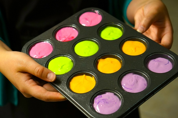 neon mini cupcakes