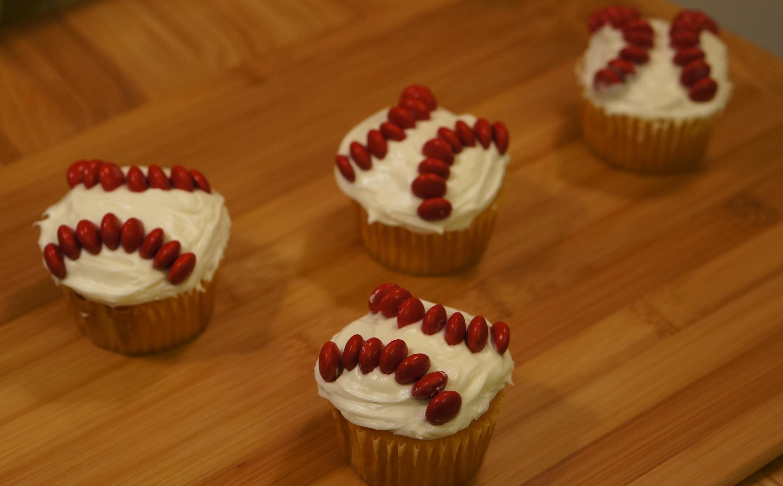 Baseball Cupcakes We Re Calling Shenanigans