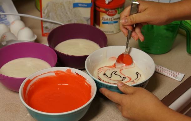 Dye-cake-mix