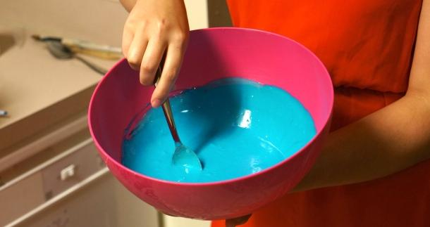 dye-cake-batter-blue