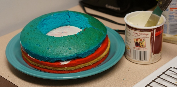 Add-blue-cake-ring