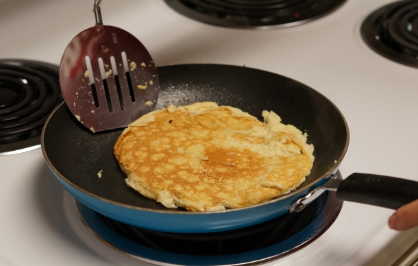 banana-and-egg-pancakes
