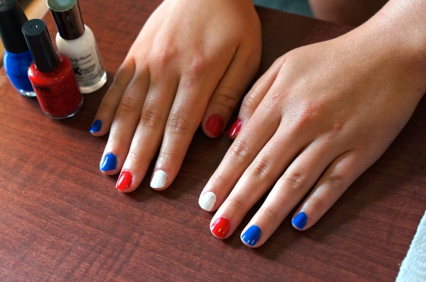 Red and blue nails