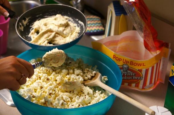 add birthday cake mix to popcorn