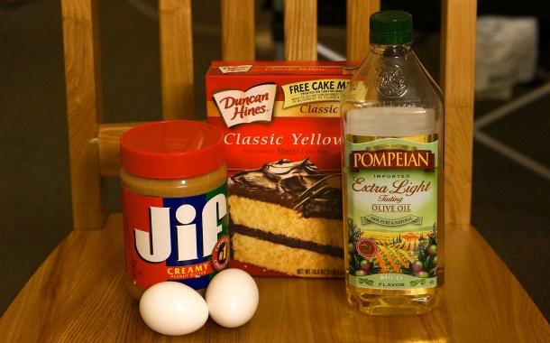 easy-peanut-butter-cookie-ingredients